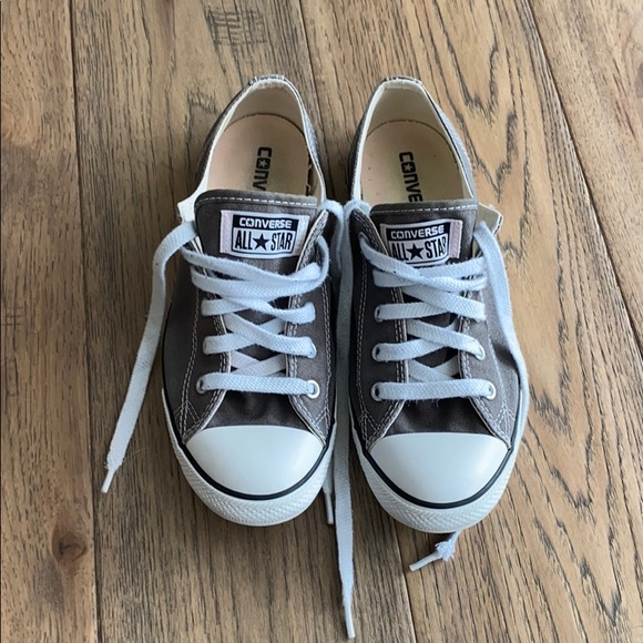 Converse Shoes - Low Top Grey Converse Sneakers👟✨